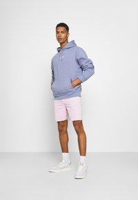 Kaotiko - BERMUDA BAGGY - Denim shorts - denim - 1