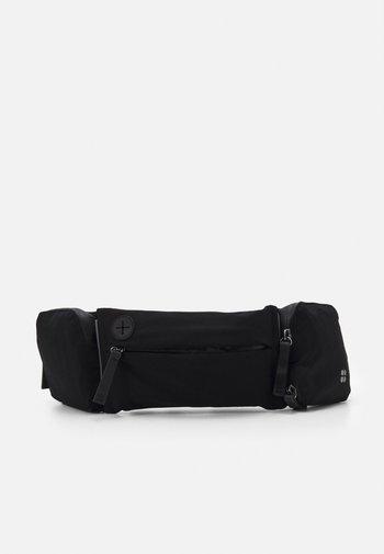 RUNNING BELT - Bæltetasker - black