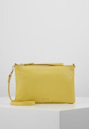 BERN - Clutches - sunshine yellow