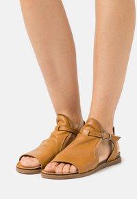 lilimill - Sandals - ocra - 0