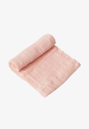 Zavinovací deka - rosepetal