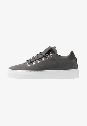 JAGGER CLASSIC - Trainers - grey