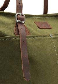 DreiMaster - DREIMASTER SHOPPER - Tote bag - oliv braun - 4