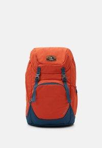 Deuter - WALKER UNISEX - Turistický batoh - orange - 1