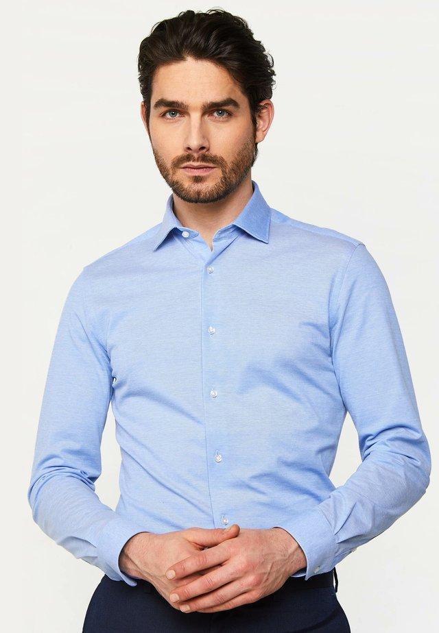 SLIM-FIT - Overhemd - light blue