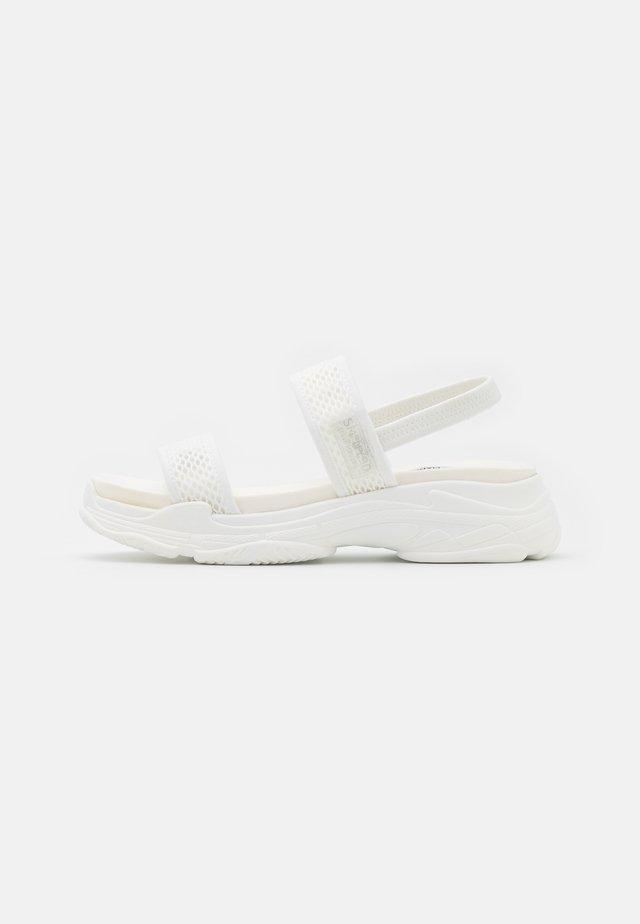 SAMURAI - Sandály na platformě - white