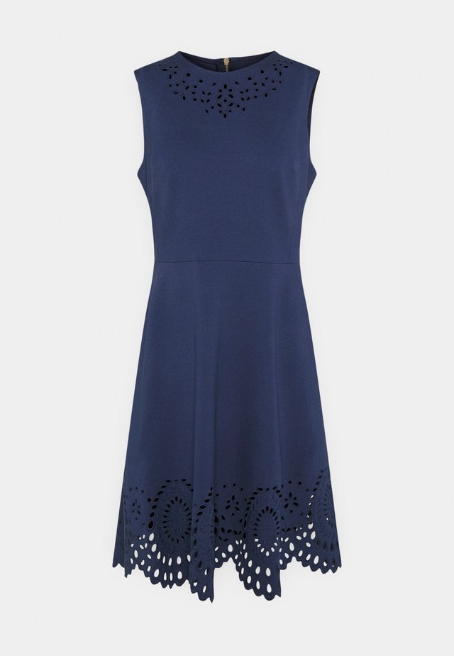 SLEEVELESS CUTWORK PONTE DRESS - Pouzdrové šaty - squid ink