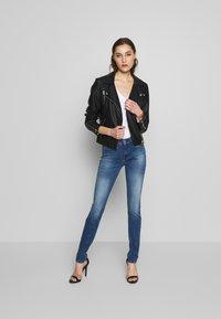 Replay - NEWLUZ HYPERFLEX - Jeans Skinny Fit - mediumblue - 1