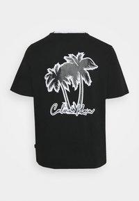 Calvin Klein - SUMMER GRAPHIC - T-shirt con stampa - black - 1