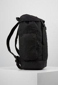 Topman - OLIVER - Batoh - black - 3
