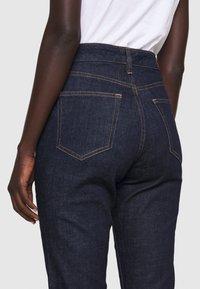 Lauren Ralph Lauren - SOFT STRAIGHT RAW - Straight leg jeans - rinse wash - 4