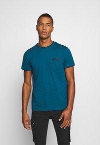 Esprit - Basic T-shirt - petrol blue - 0