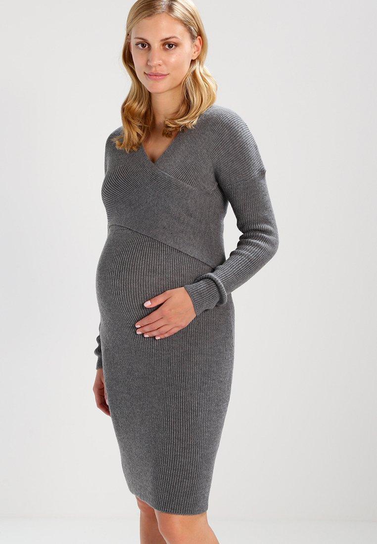 Anna Field MAMA - Stickad klänning - anthracite