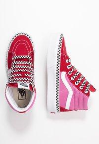 Vans - SK8 PLATFORM  - Sneakers hoog - chili pepper/fuchsia pink - 3