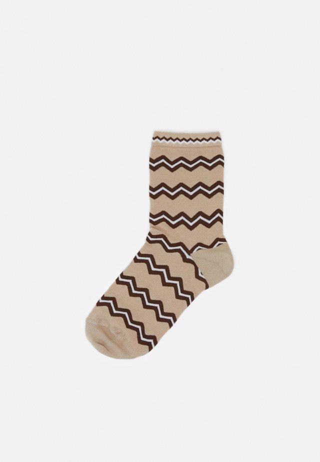 ASTRID ZIGZAG - Socks - beige/brown
