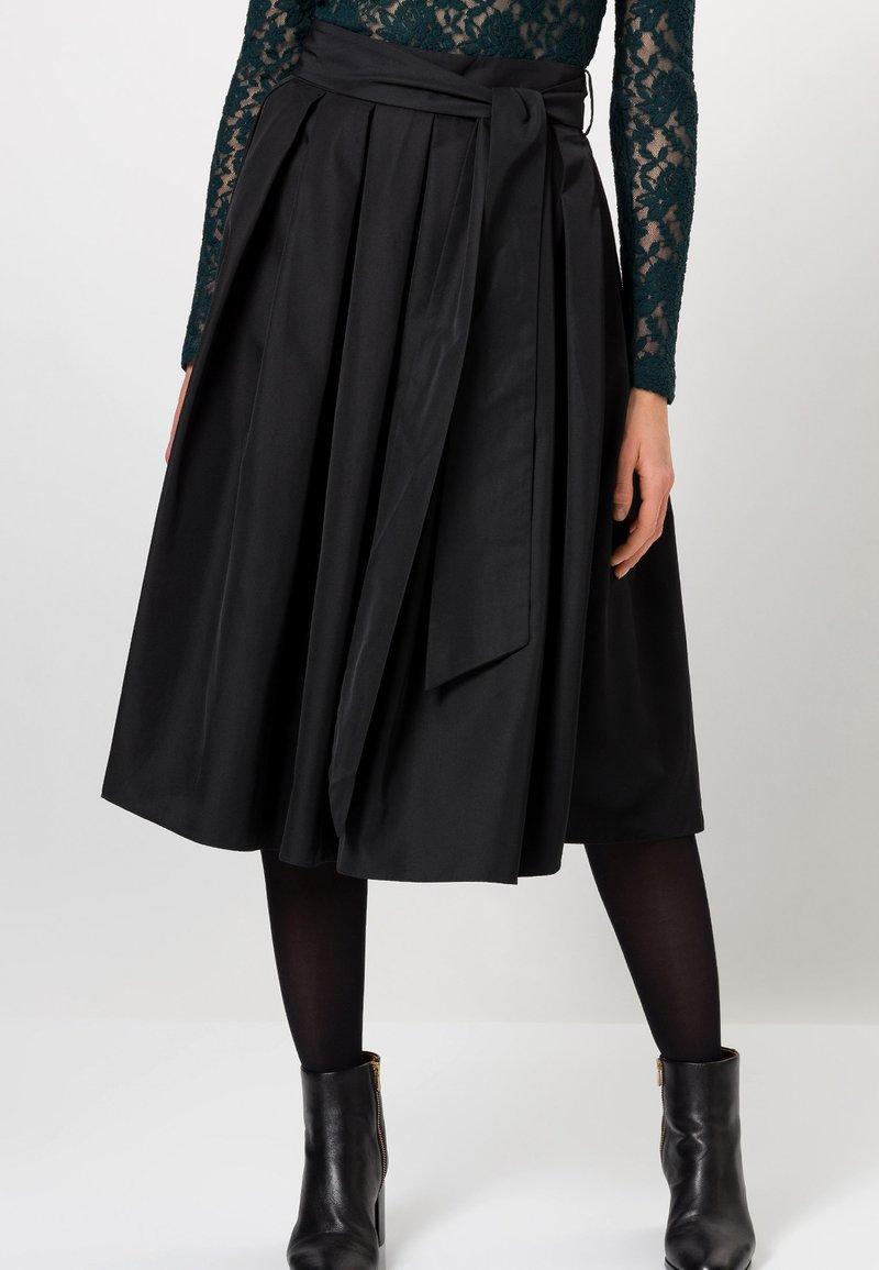 zero - A-line skirt - black