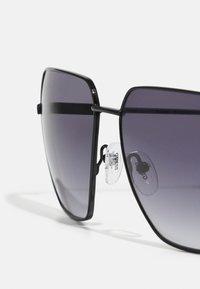 Guess - UNISEX - Sunglasses - shiny black/smoke - 4