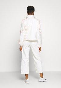 adidas Originals - FAKTEN SPORT INSPIRED TRACK TOP - Training jacket - chalk white - 2