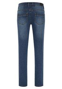 Oklahoma Premium - MIT EINER LEICHTEN WASCH - Slim fit jeans - medium blue - 1