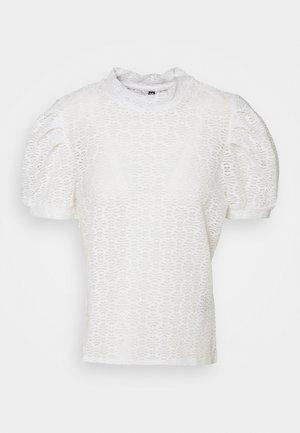 PCGLORIA - Print T-shirt - cloud dancer