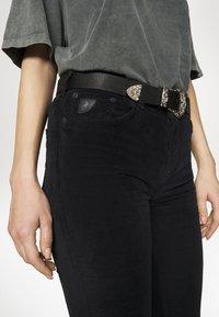 LOIS Jeans - RAVAL - Kalhoty - black - 4