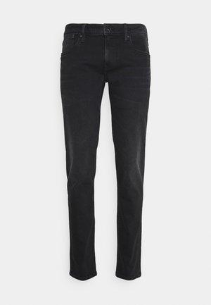 HATCH POWERFLEX - Slim fit jeans - black denim