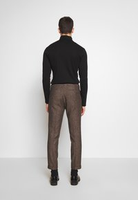 Shelby & Sons - BARAH TROUSER - Trousers - brown - 2