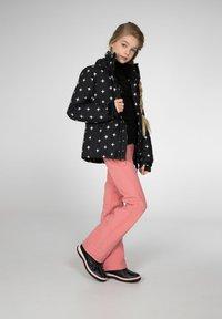 Protest - MIA JR  - Ski jacket - true black - 5
