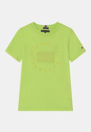 HERITAGE LOGO - T-shirts print - sour lime