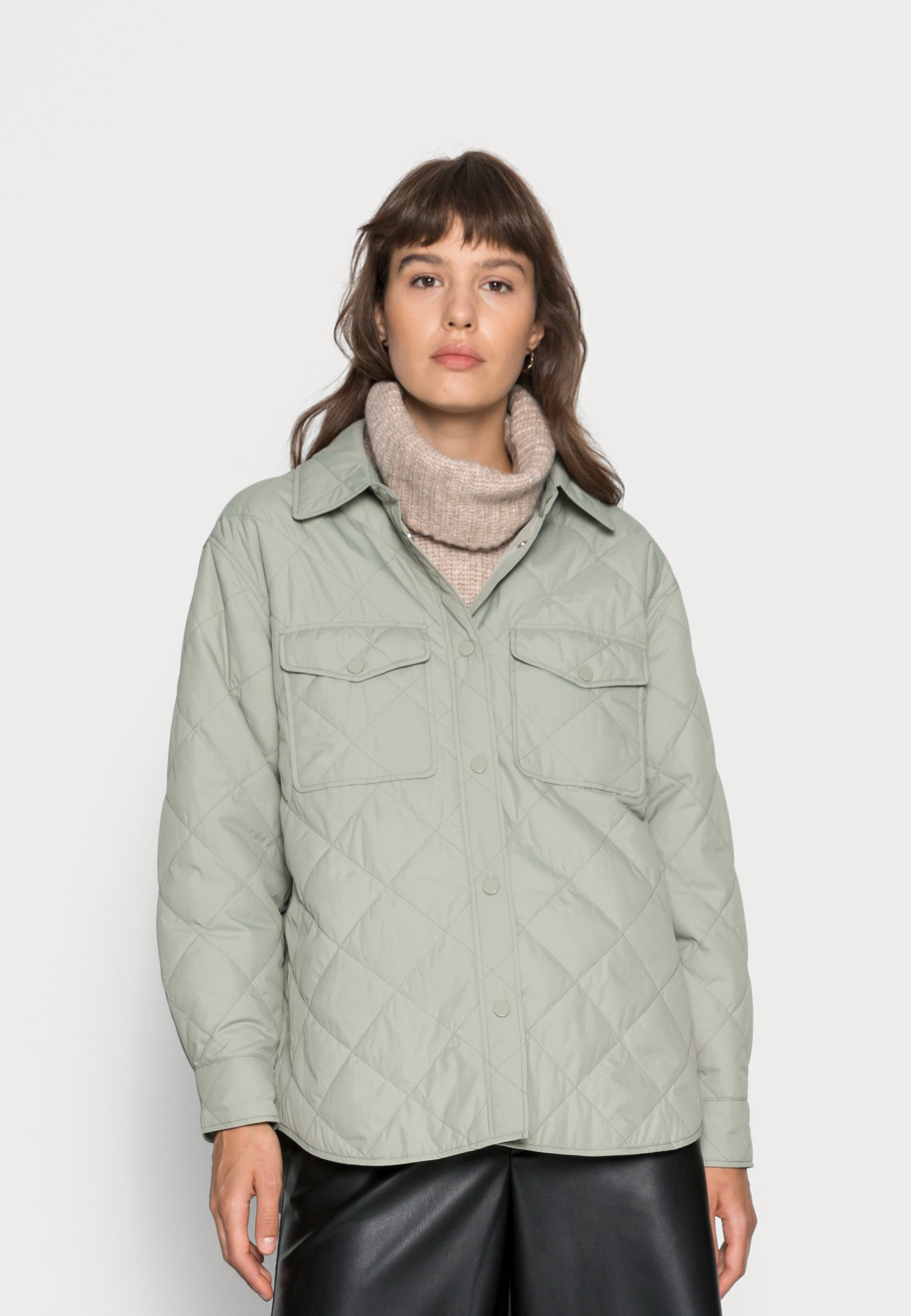 Women SHACKET CLASSIC QUILTED  - Light jacket