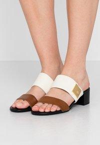 Lauren Ralph Lauren - Pantofle - beige/brown - 0