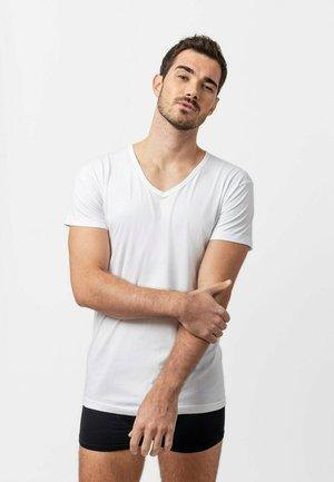 3-PACK - Undershirt - weiß