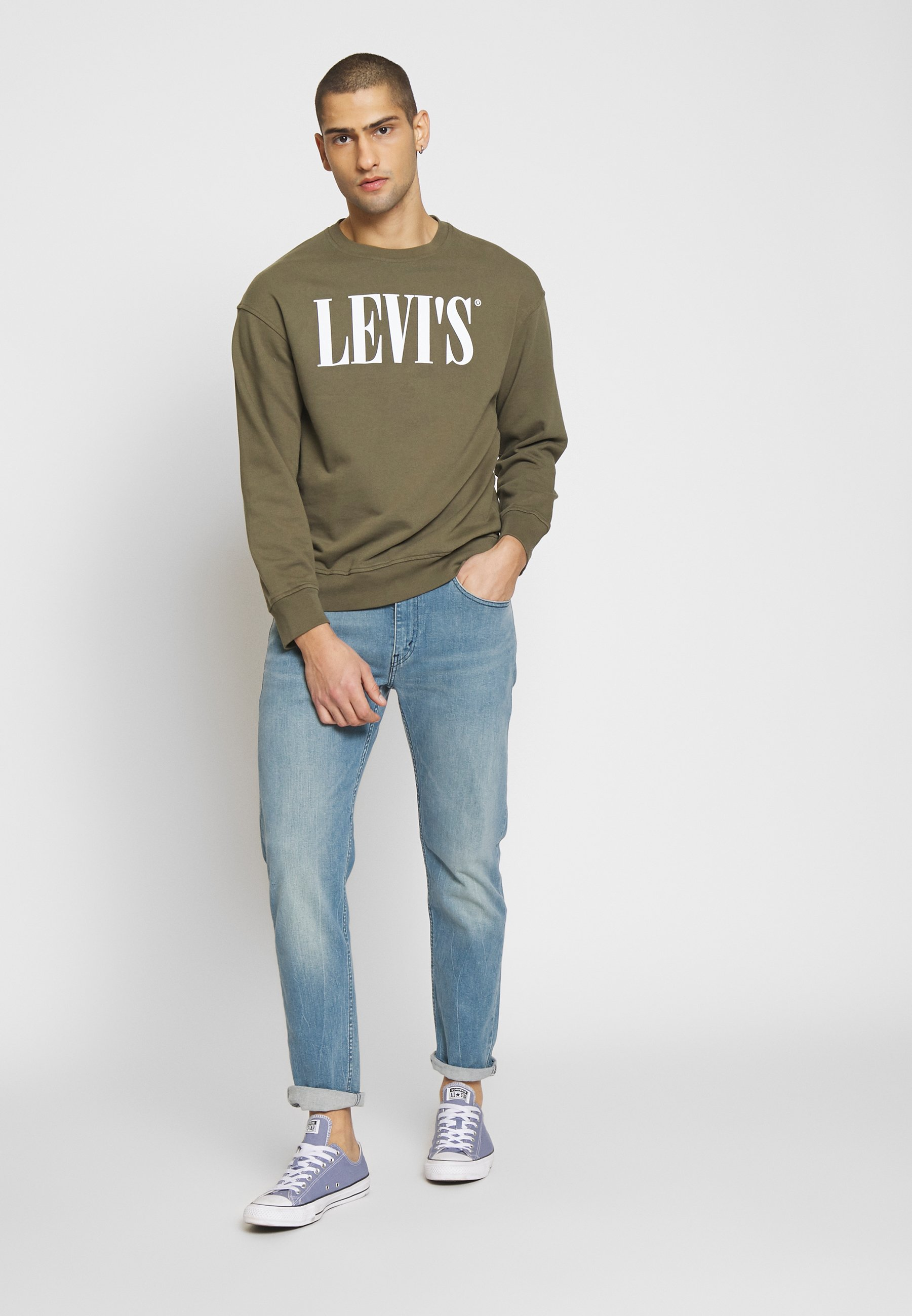 Levi's® RELAXED GRAPHIC CREWNECK - Sweatshirt - olive night
