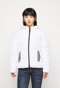 ONLY Petite - ONLMONICA PLAIN JACKET  - Lehká bunda - bright white - 0