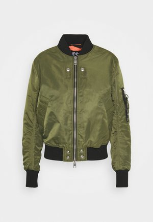W-SWING JACKET - Bomberjakke - military green