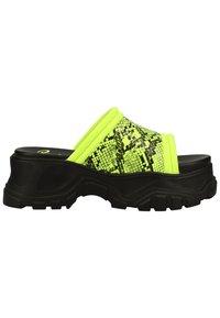 Buffalo - PANTOLETTEN - Pantofle - neon green - 3