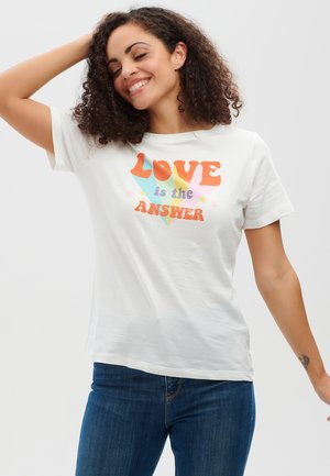 MAGGIE LOVE IS THE ANSWER - Print T-shirt - off white