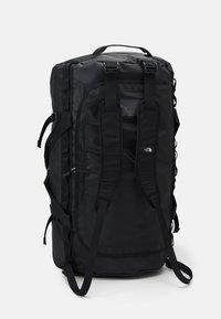 The North Face - BASE CAMP DUFFEL XL UNISEX - Sports bag - black/white - 3