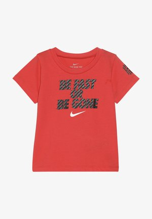 BE FAST OR BE GONE TEE - Triko s potiskem - bright crimson