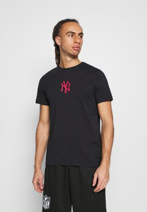 NEW YORK YANKEES BASEBALL BAT TEE - Klubbkläder - navy