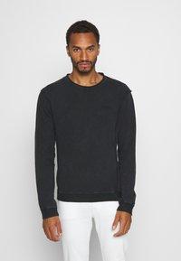 Tigha - KESTER - Sweatshirt - vintage black - 0