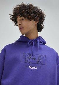 PULL&BEAR - Felpa con cappuccio - purple - 4