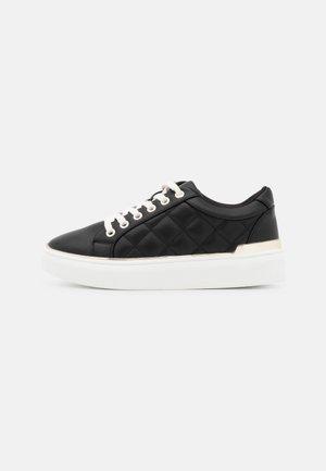 VEGAN NATACHHA - Sneakers laag - black