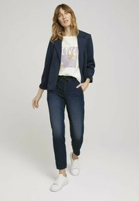 TOM TAILOR - Relaxed fit jeans - mid stone wash denim - 1