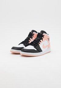 Jordan - AIR 1 MID - Zapatillas altas - art basel/orange - 1
