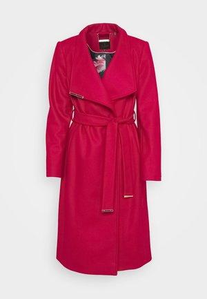 ROSE - Płaszcz wełniany /Płaszcz klasyczny - red
