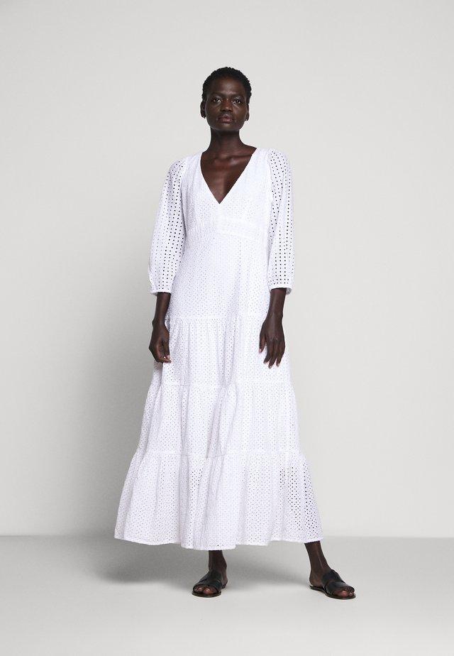 JOHNNIE EYELET DRESS - Maxi dress - white