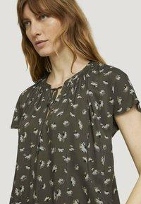 TOM TAILOR - Blouse - khaki small floral design - 3