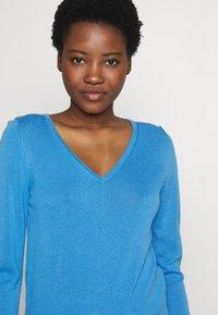 s.Oliver - Sweter - light blue - 4