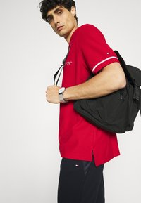 Tommy Hilfiger - SIGNATURE CASUAL - Polo shirt - primary red - 3